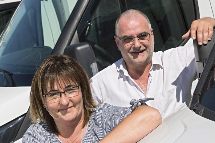 Bernard Colonel-Bertrand et Isabelle Saury, responsable de Trans Plus 38.
